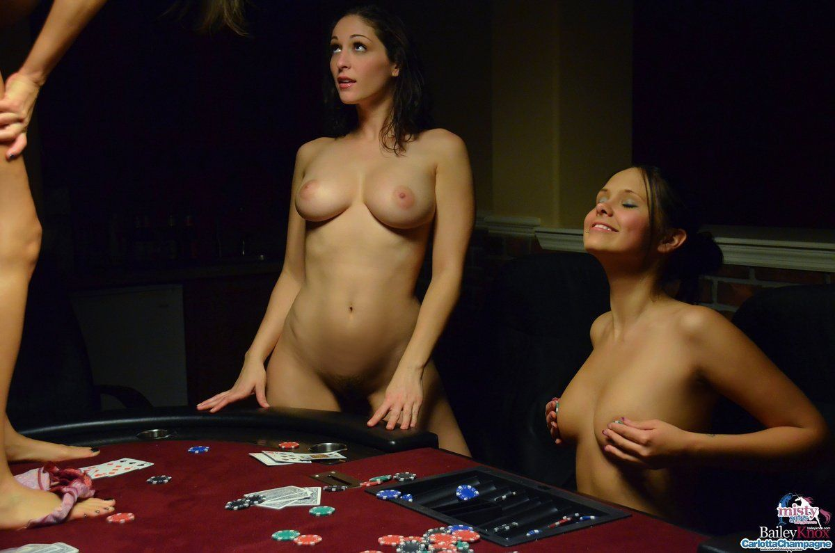 hot naked girls strip poker